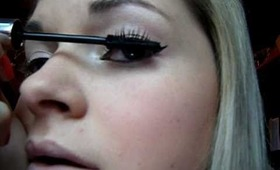 Quick and easy day look tutorial with liquid eyeliner. Very cute and glamorous xoxo