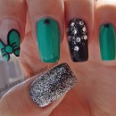 Green Bow Nails