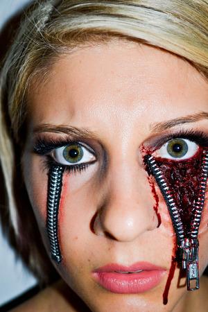 Zipper eye #2