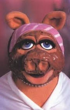 Even Miss Pigy gets facials! LoL