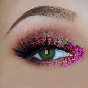 Wanna see more? Look at Pink Glitter Madness on michellemorchella.blogspot.com