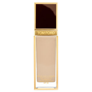 Shade & Illuminate Soft Radiance Foundation SPF 50 3.7  Champagne