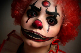 Total creep factor! Clowns, Dolls and Dummies for Halloween inspiration