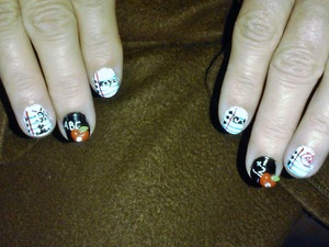 my moms nails shes a teacher :D