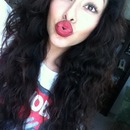 Nice bouncy curls , bold lip ,California <3