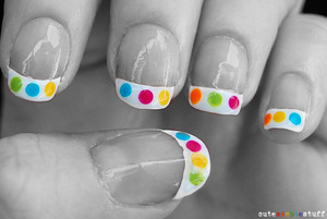 This is an easy way to have the polish a french tip gives you, but with a colorful twist! Check it out: http://cutesimplestuff.blogspot.mx/2013/07/color-dot-french-tip-nails.html