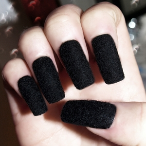DIY velvet nails, tutorial coming soon! These nails are SOOO black, very deep and rich texture and unlike any other nails I've worn so far... definitely give them a try! GFx