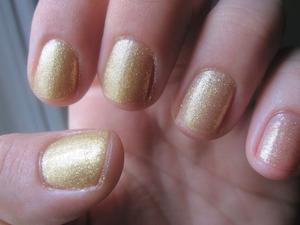 ombre nail idea -chinaglaze 5 golden rings
