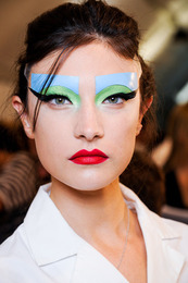 Fall 2011 Couture Beauty: Chanel, Dior, Armani & Valentino