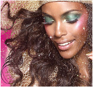 The festive season continues! With Diwali past the next celebration knocking at our doors is Christmas! And the colors have taken over. Reds and greens are sure in! Read More Here http://www.stylecraze.com/articles/makeup-to-look-gorgeous-this-christmas/