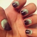 Minty dark chocolate gradient nails.