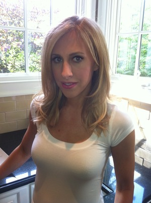 Author Emily Giffin ready to shoot for her feature in G&G magazine....