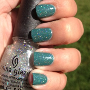 I love this pretty holographic manicure. See more info about it at http://polishmeplease.wordpress.com