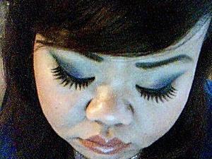 Dramatic lashes