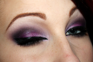 Black and purple :)  http://trickmetolife.blogg.se