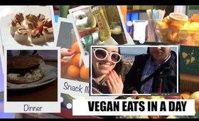 VEGAN EATS IN A DAY (on the go) - Barcelona VLOG