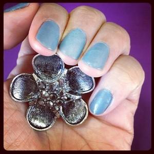 Dark Silver Flower Ring