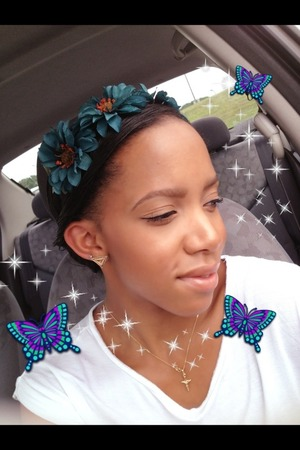DIY flower headband -- put together some flowers /elastic/ all purpose glue/ and a button to put together!!