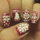 Ugly sweater nails inspiered by simple nails.