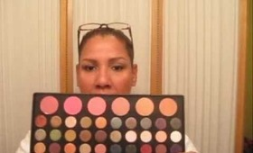 Review and Swatches for the BH Cosmetics Jenni Rivera Palette.wmv