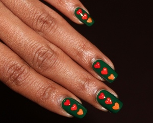 http://www.bellezzabee.com/2012/09/nail-challenge-day-4-green-nabi-nails.html