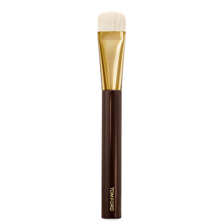 Shade & Illuminate Foundation Brush 2.5