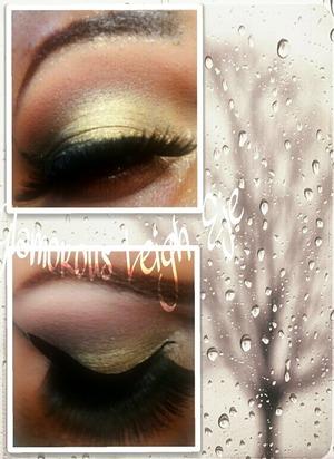 Fun eyeshadow look remember to subscribe to my YouTube @glamorousleigheje