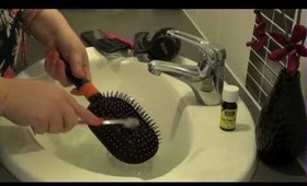 How To Clean Your Hair Brushes Properly!!