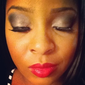 Metallic/silver and black blended eye....
