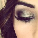Gold/Brown Glitter Smoky Eye
