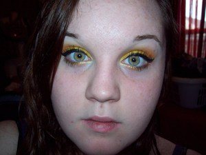 Used sugarpill's Buttercupcake and Flamepoint pressed eyeshadows, as well as jailhouse jumpsuit from Glamour Doll Eyes.