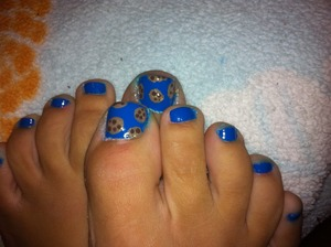 I still hate feet and this damn color is a total blueberry but it is awesome and after a day if wearing I had to add some cookies! Lol. Follow me at- https://www.facebook.com/Ashesnailart