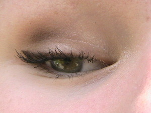 Neutral look with winged liner! :)
