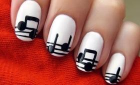 Easy Musical Nail Art