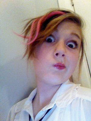 This is what I wear everyday. The pink hair isn't real.... Lol just a extension! 0_0 love you xx