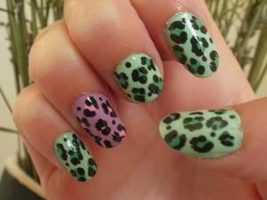 Pink/Green Leopard
