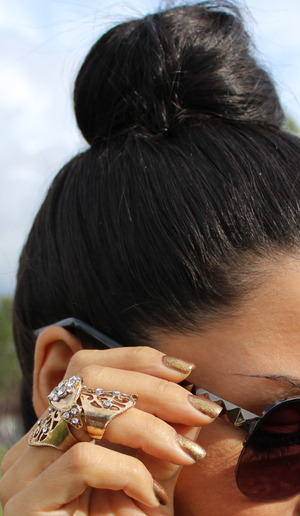 Casual weekday topknot Visit me at http://thedressychick.com for more. See you there!