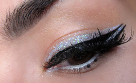 The Right Way to do Glitter on New Year's Eve