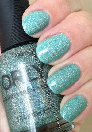 Over a thin coat of essie mint candy apple