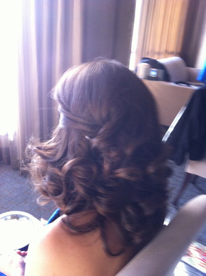 Soft Curls for a Bridesmaid