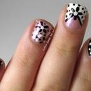 Black & White Daisy Skittle