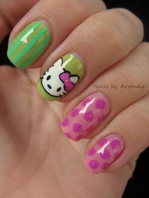 http://arvonka-nails.blogspot.sk/2012/12/hello-kitty.html