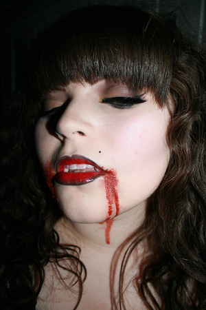 2010 Halloween Vampire