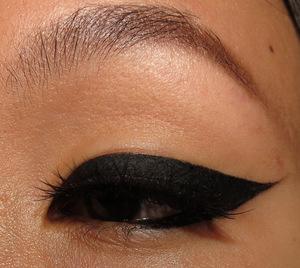Look using e.l.f. cream eyeliner  http://portraitofmai.blogspot.com/2012/07/2ne1-i-love-you-minzy-inspired-eyeliner.html