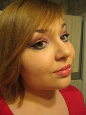 More dramatic Valentine's Day look. ♥