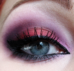 Using the Burning heart palette + Tako from sugarpill!  http://trickmetolife.blogg.se