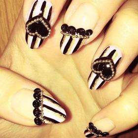 Gyaru/ Hime Nails