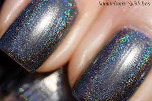 Glitter Gal- 10 to Midnight  http://samariums-swatches.blogspot.com/2012/01/glitter-gal-10-to-midnight-swatches.html