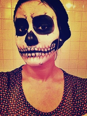 Skeleton make up for Halloween, inspired by Lady Gaga's music video Born This Way !