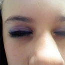 Easy eye shadow and eyeliner look